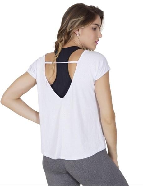 Blusa fitness em malha com furinhos e detalhe aberto nas costas V40.C