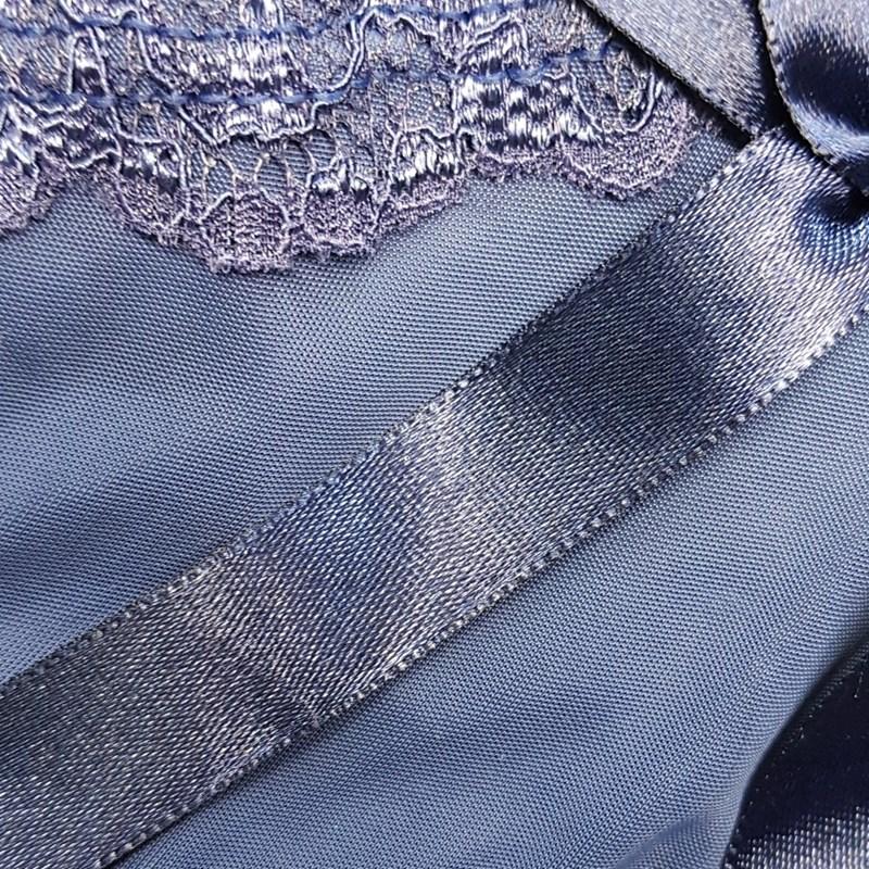 Camisola sem bojo em microfibra lisa com detalhe em renda O03.E AZUL MARINHO
