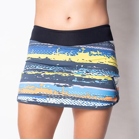 Short saia fitness em suplex estampado com detalhe lateral V151.A PRETO ABSTRATO